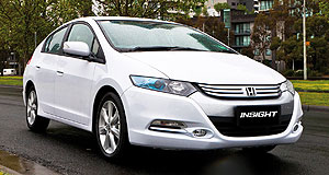 Honda Insight Big plans: Honda forecasts 200 Insight sales a month and is about to start airing a new series of television commercials voiced by British author, actor and comedian Stephen Fry.