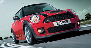 Mini 2008 Hatch JCWRacey: Bodykit includes carbon-fibre trim panels for the bonnet scoop and wing mirrors.