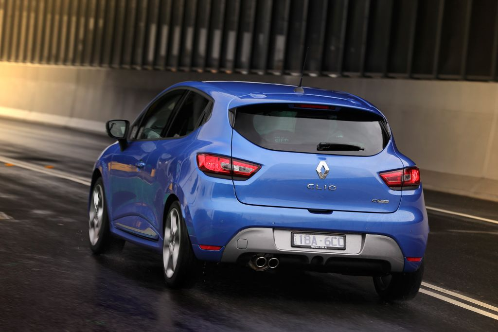 renault clio gt reviews overview goauto. Black Bedroom Furniture Sets. Home Design Ideas