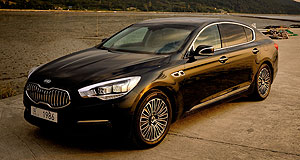 Kia Quoris Premium intentions: The Maserati-like styling of the Kia Quoris sedan points at the South Korean's intentions to enter the premium car market.