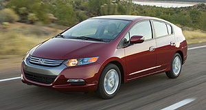 Honda 2010 Insight Electrical sparks: Honda's production Insight won't arrive to do battle with the Toyota Prius until next year.