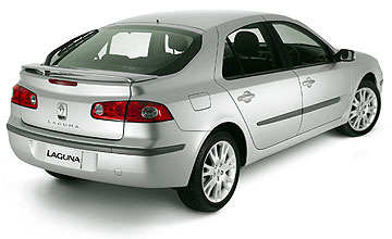 March 2002 – January 2006 Renault Laguna 2.2dCi Rear shot