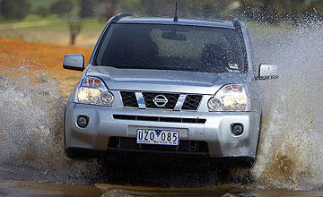 Nissan X-Trail Ti 5-dr wagon - Action shot