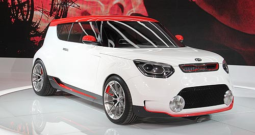Kia 2012 Trackster Revealed: Kia tore the covers from its aggressive Track'ster concept at the Chicago motor show.