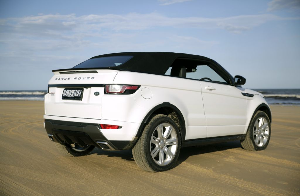 land rover range rover evoque convertible se dynamic td4 reviews overview goauto. Black Bedroom Furniture Sets. Home Design Ideas