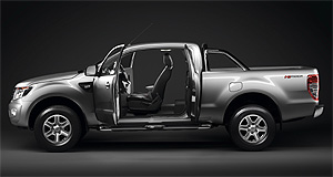First Look Ford Sneaks Out Ranger Super Cab Goauto