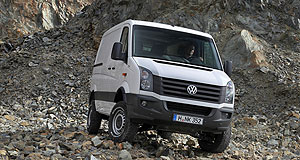 first drive vw takes crafter off road goauto. Black Bedroom Furniture Sets. Home Design Ideas
